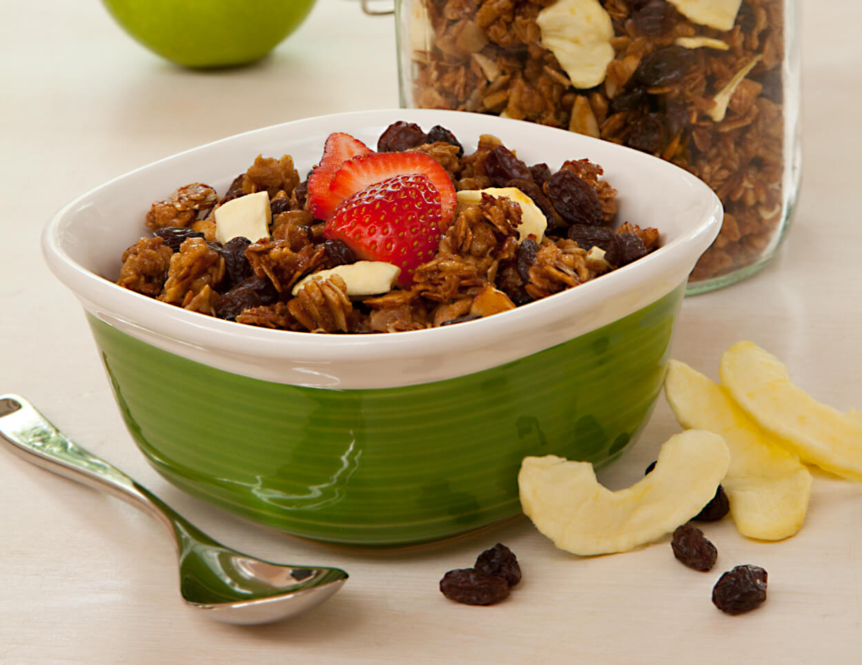 Raisin Apple Granola